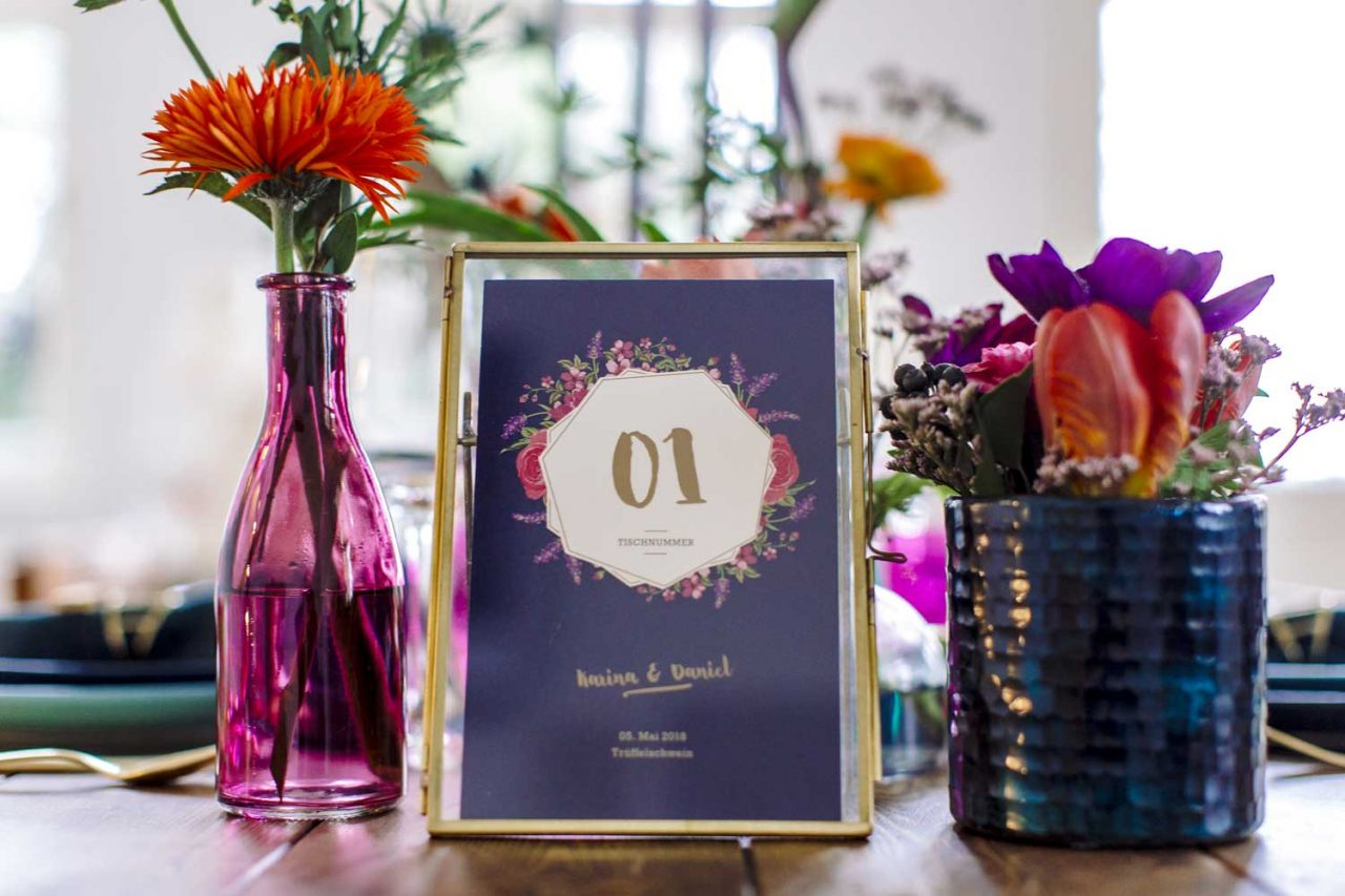 Tischkarte: Blumenillustration, Floral