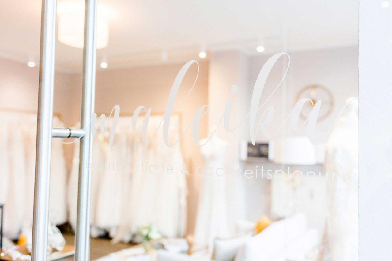 Ladenlokal von maleika Brautboutique mit Hochzeitskleidern