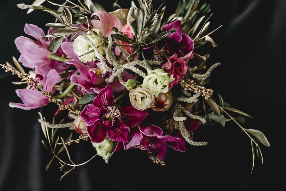 Eleganter Brautstrauß von dieblumenbinder